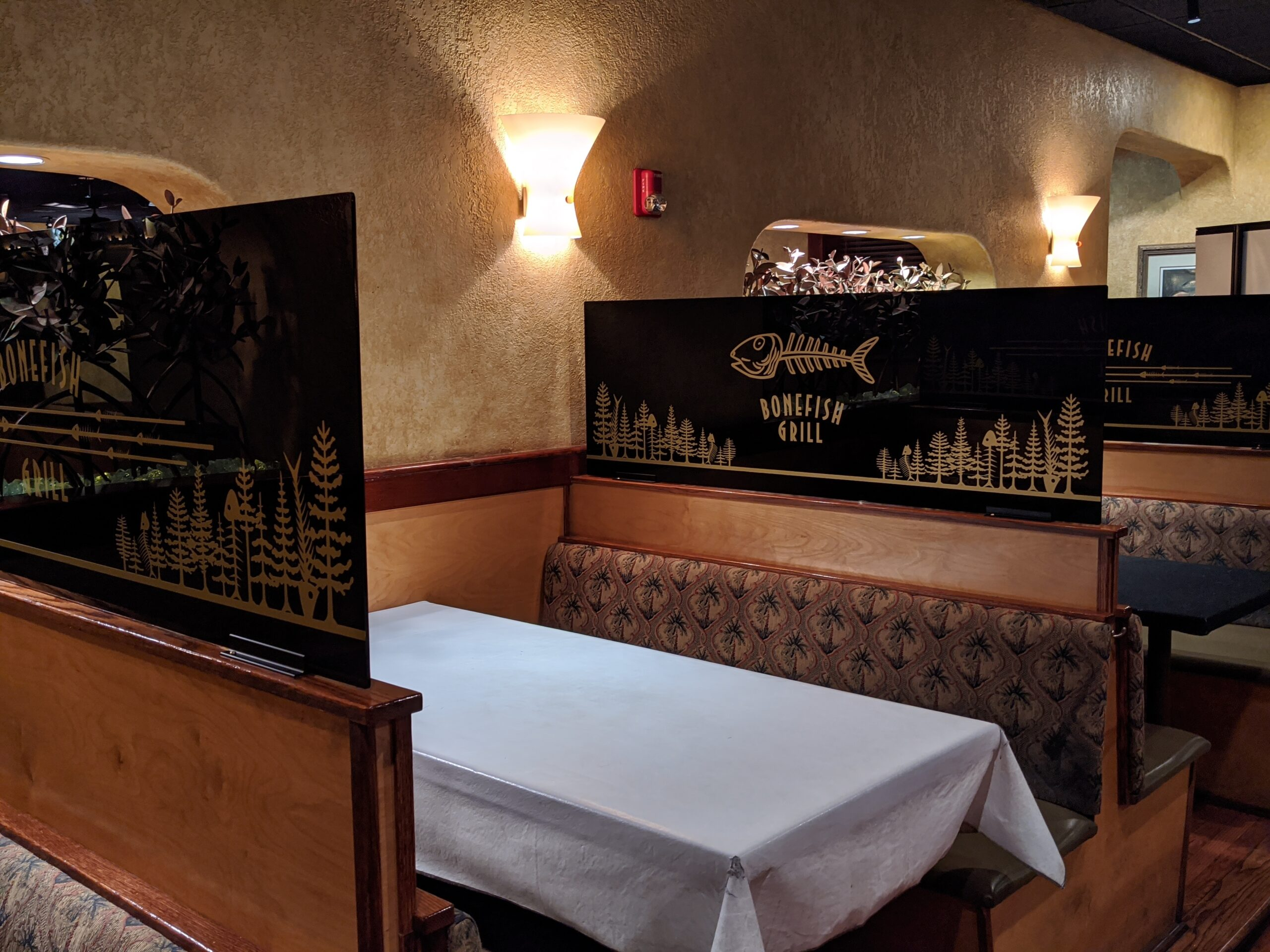 Bonefish Grill Restaurant plastic booth dividers with customer designs.